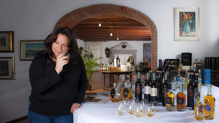 """Master Distiller Mrs. Priscilla introduce you to a private """"olfactory journey experience"""""""
