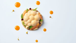 A Cooking School dedicated to the preparation of splendid single-portion desserts