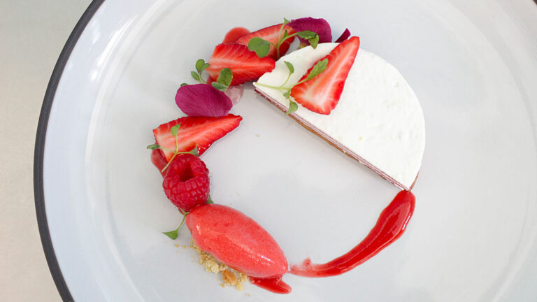 Best Italian Pastry Chef Pastry ACADEMY - Learn how to display desserts like in a restaurant