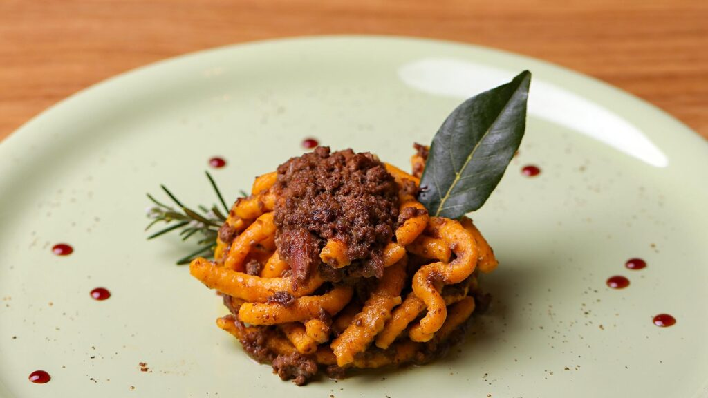 Fun in TOSCANA - Cooking Class made plate Wild Boar pasta, tradition with a hint of style