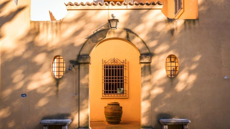 The Italian elegance private experience - Enter these ancient doors in classic Tuscan Villa