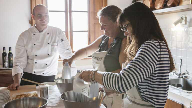 HOW TO make delicious and healthy Tuscan meals with a professional chef
