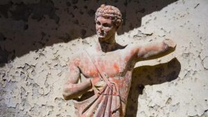 Wine tour protected by the Faun, ancient god of the woods